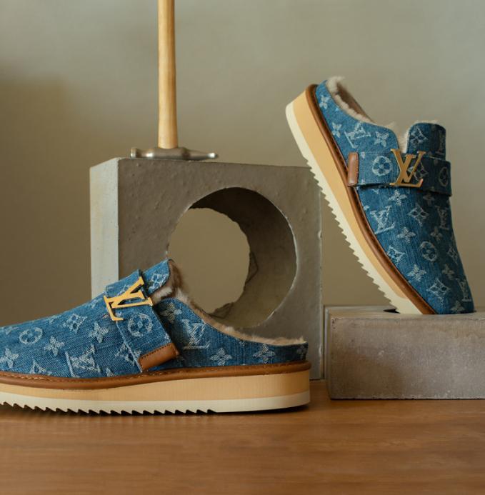 Hai nhà thiết kế cùng lăng xê giày loafers, derby mang họa tiết monogram.