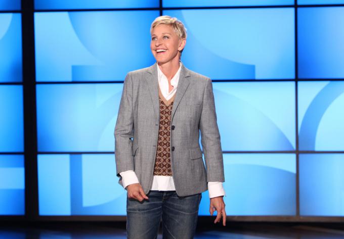 MC Ellen DeGeneres kiếm 84 triệu USD nhờ các talkshow ăn khách.Bàcũng giữ vai trò nhà sản xuất nhiều chương trình truyền hình như