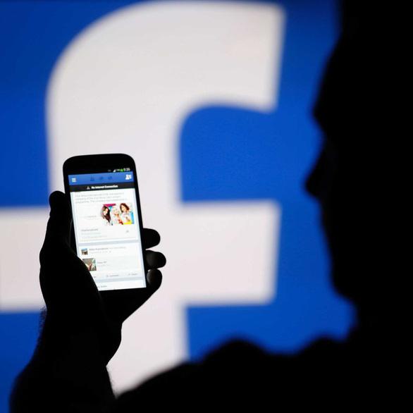 Úc xem xét dự luật yêu cầu Facebook, Google phải trả tiền cho báo chí