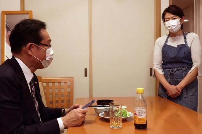 Bức hình ông Kishida đăng tải trên Twitter. Ảnh: Twitter.