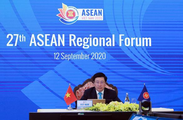 Phó thủ tướng, Bộ trưởng Ngoại giao Phạm Bình Minh phát biểu khai mạc Hội nghị Diễn đàn khu vực ASEAN (ARF) lần thứ 27 ngày 12-9 - Ảnh: NHẬT ĐĂNG