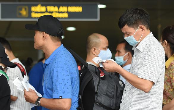 Khách nhập cảnh sẽ phải chờ ở sân bay thêm 1,5 - 4 giờ để xét nghiệm