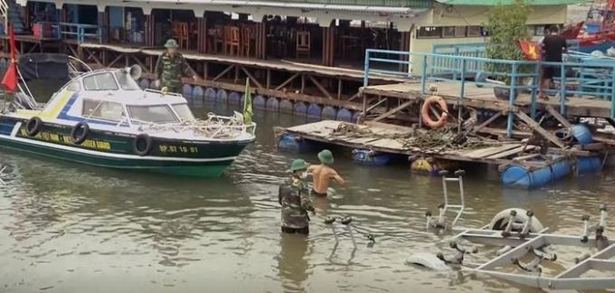 Lực lượng Bộ đội Biên phòng Quảng Bình chuẩn bị các phương tiện kỹ thuật sẵn sàng ứng phó, hỗ trợ nhân dân khi thiên tai xảy ra. (Ảnh: Võ Dung/TTXVN)