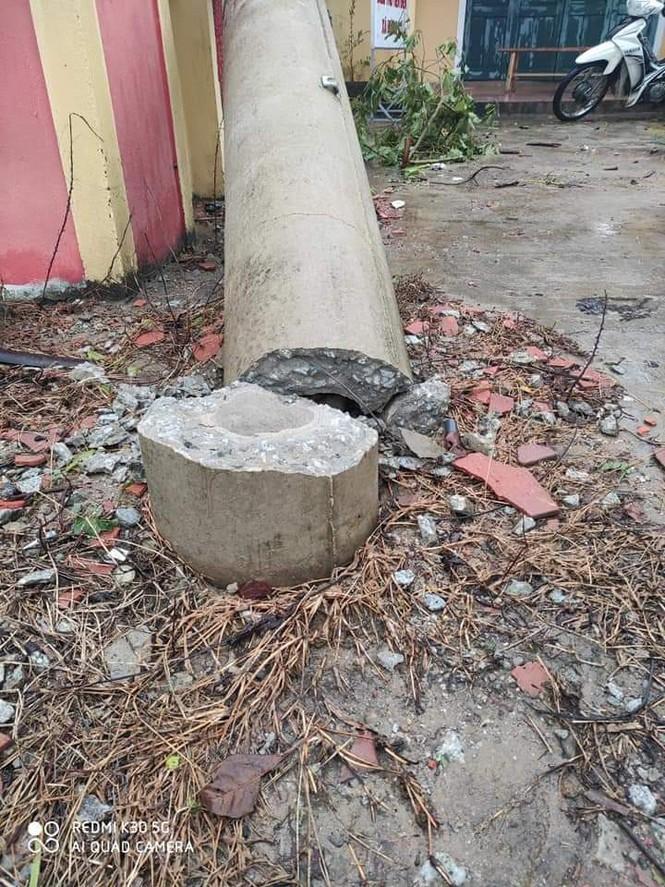 EVN yêu cầu tạm dừng sử dụng cột điện ly tâm sau khi có hơn 400 cột điện bị đổ gãy