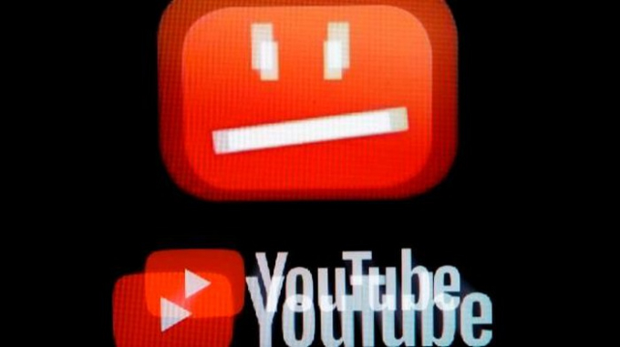 Kiểm duyệt viên YouTube kiện công ty vì phải các video bạo lực, giết người