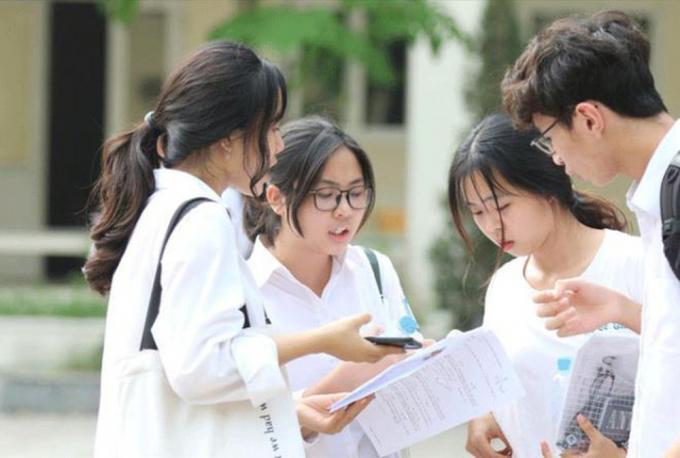 Bộ GD-ĐT: Chuẩn bị những điều kiện sẵn sàng cho kỳ thi tốt nghiệp THPT trên máy tính sau 2021