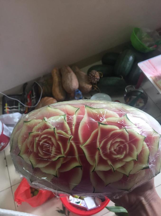 Hoa quả cắt tỉa nghệ thuật