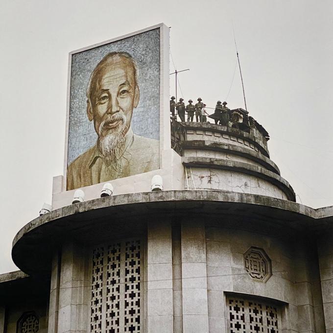 Ngân hàng Nhà nước Việt Nam năm 1972 tại 49 phố Lý Thái Tổ, Tràng Tiền, Hoàn Kiếm.