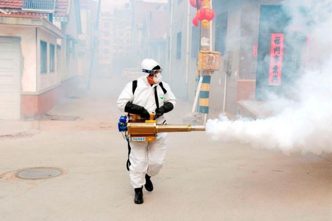 Trung Quốc bùng phát cụm nhiễm Covid-19 mới ở Thanh Đảo
