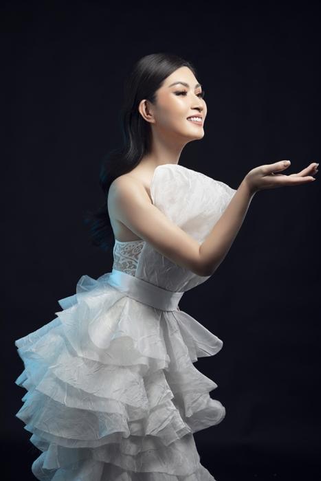 Nguyễn Hồng Nhung: 'Trending không phải thước đo 100% giá trị âm nhạc hay của nghệ sĩ'
