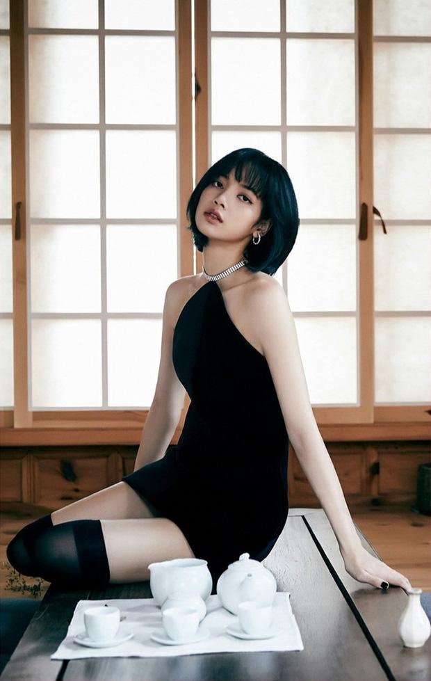 LisaLisa đứng đầu top mỹ nhân sở hữu gương mặt đẹp nhất châu Á.Cô tên thật là Pranpriya Manoban, sinh năm 1997 ở Thái Lan. Lisa hiện được gọi là