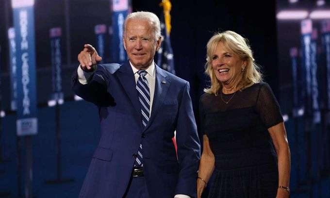 Vợ chồng ông Joe Biden.