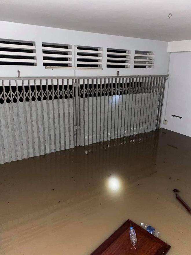 Phú Yên: Lũ dâng nhanh gây ngập lụt nghiêm trọng