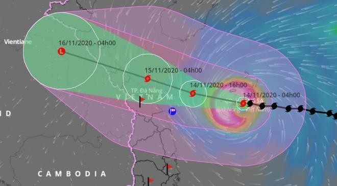 Dự báo đường đi của bão số 13 chuẩn bị đổ bộ vào các tỉnh, thành phố từ Hà Tĩnh đến Thừa Thiên - Huế. Ảnh: VNDMS.