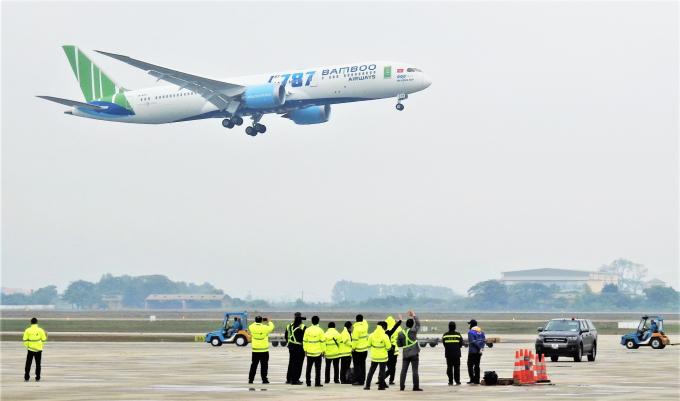 Đường bay Hà Nội – TP HCM đông khách thứ 2 thế giới