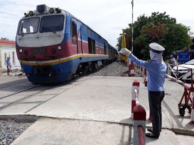 Ảnh hưởng của dịch Covid-19, ngành đường sắt khó khăn chồng khó khăn