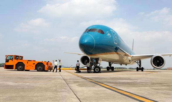 Bộ Giao thông vận tải yêu cầu Vietnam Airlines kiểm điểm về vi phạm quy định cách ly