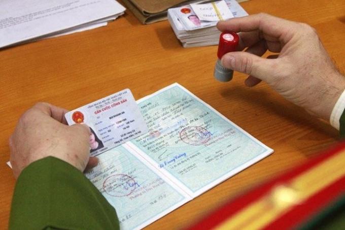 Bộ Công an đề xuất bỏ tờ khai giấy khi cấp thẻ căn cước gắn chíp