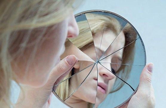 Trạng thái trên Facebook có thể giúp phát hiện người bị tâm thần phân liệt