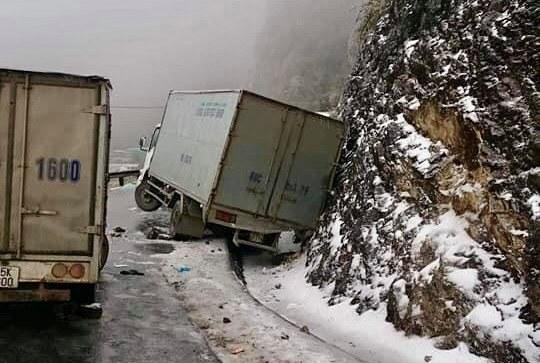 Tổng cục Đường bộ khuyến cáo người dân hạn chế lên miền núi do thời tiết lạnh