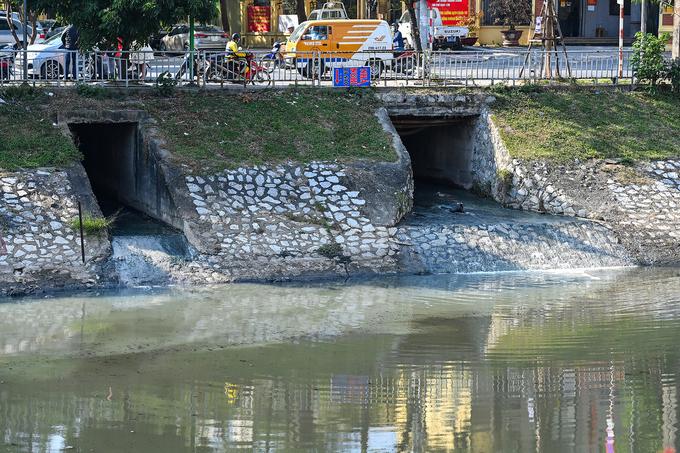 Các chuyên gia ủng hộ bổ cập nước sông Hồng cho sông Tô Lịch