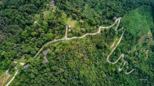 Con đường Thổ Cẩm nhìn từ trên cao. Ảnh: P'apiu