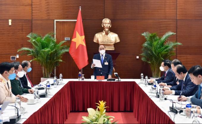 Thủ tướng yêu cầu phong tỏa 21 ngày toàn bộ thành phố Chí Linh, tạm dừng hoạt động sân bay Vân Đồn