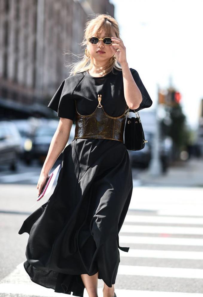 Chân dung nữ tổng biên tập trẻ tuổi nhất của tạp chí thời trang Vogue