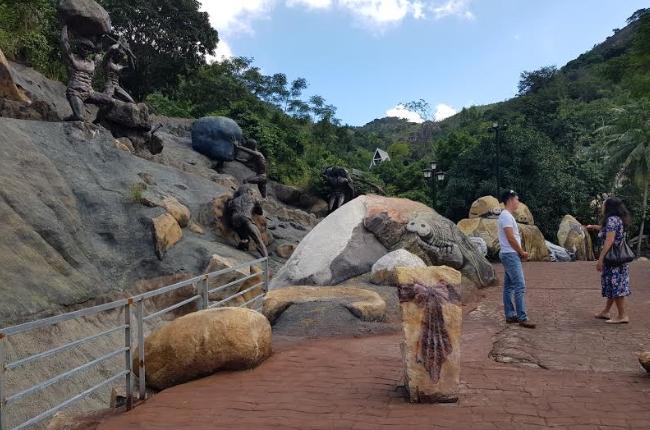 Một góc nhỏ sông động các tác phẩm nghệ thuật người đá
