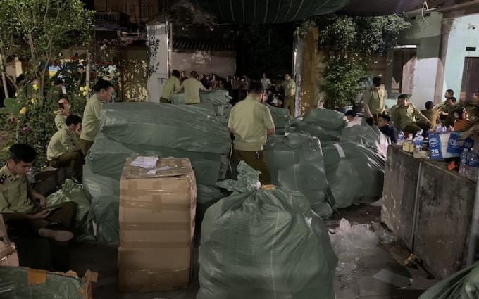 Thu giữ 20 nghìn túi hàng hiệu Hermès, LV, Chanel sản xuất tại... Nam Định