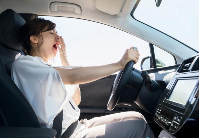 Ngủ đủ 7-9 tiếng/24 giờ giúp bạn lái xe tỉnh táo, an toàn