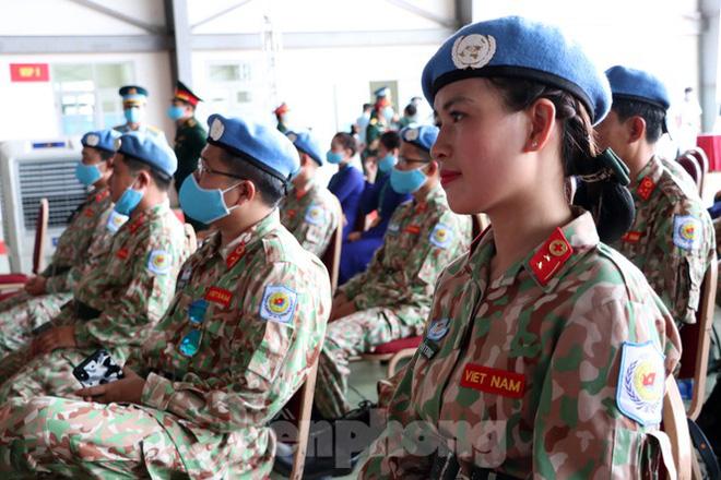 Trong suốt thời gian huấn luyện, mặc dù dịch bệnh COVID-19 diễn biến phức tạp, song với quyết tâm cao, Cục Gìn giữ hòa bình (GGHB) Việt Nam đã phối hợp với các cơ quan liên quan tổ chức tốt các khóa huấn luyện về chuyên môn quân y và nghiệp vụ gìn giữ hòa bình Liên Hợp Quốc cho BCDC 2.3.