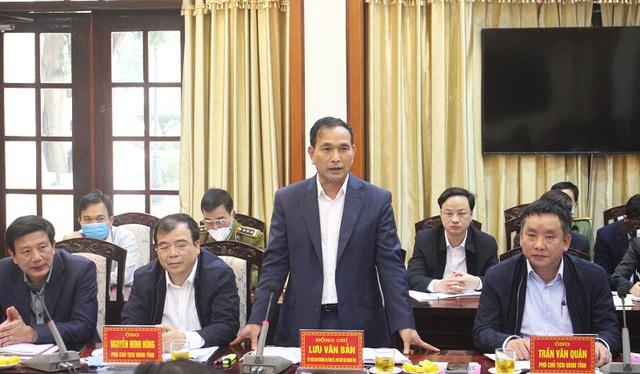 Phó Chủ tịch UBND tỉnh Hải Dương Lưu Văn Bản phát biểu tại buổi làm việc (Ảnh: Cổng thông tin Hải Dương).