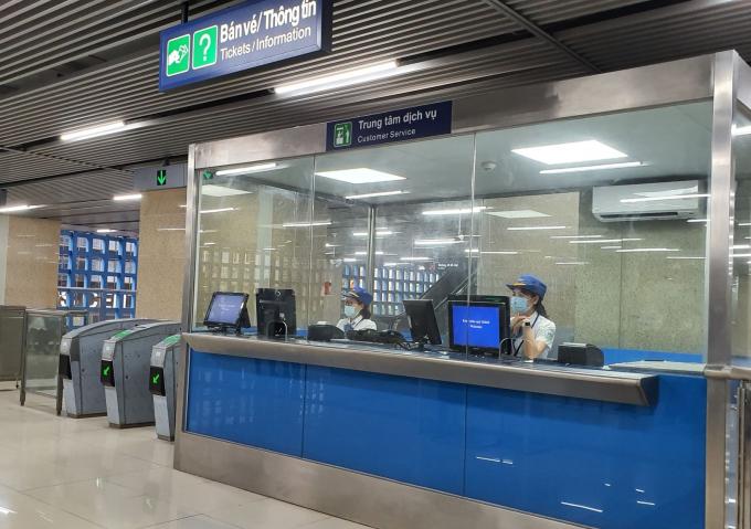 Quầy bán vé tại Ga Cát Linh.