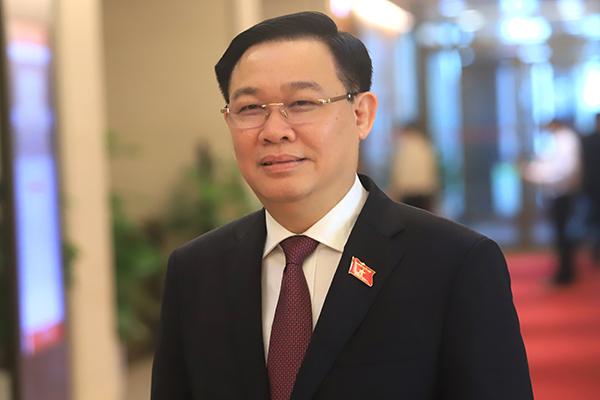 Ông Vương Đình Huệ.