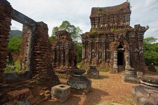 Khu di tích Óc Eo-Ba Thê.