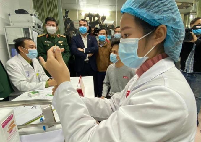 Việt Nam đang bước vào giai đoạn triển khai tiêm vaccine COVID-19 đợt 2