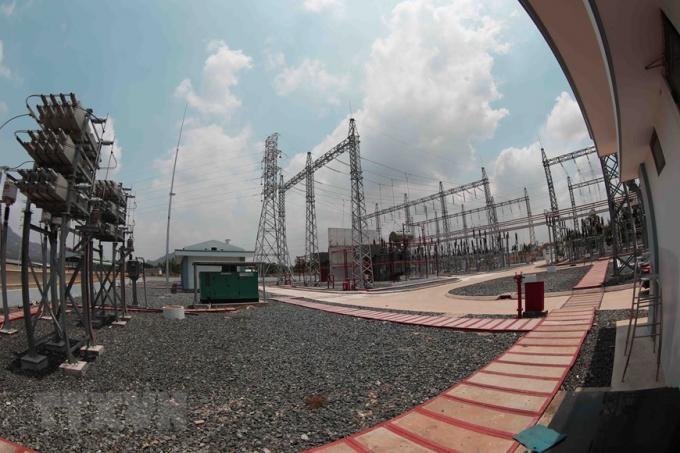Hệ thống trạm biến áp của nhà máy điện Mặt Trời Sao Mai-An Giang ở xã An Hảo, huyện Tịnh Biên. (Nguồn: TTXVN)