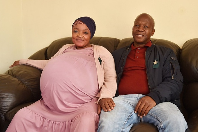 Gosiame Thamara Sithole và chồng Teboho Tsotetsi. Ảnh: ANA.