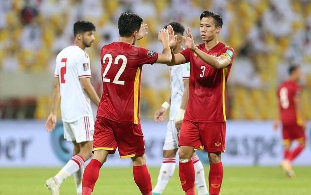 Báo Trung Quốc: Bóng đá Việt Nam đã vượt qua bóng đá Trung Quốc