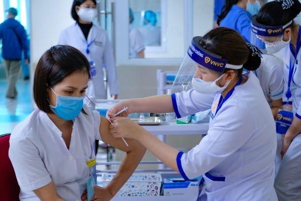 Những điểm mới trong chiến dịch tiêm chủng vắc xin ở Việt Nam