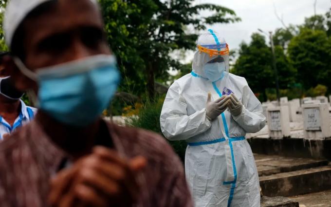 Nửa dân số Myanmar nhiễm covid-19, dự kiến 10 triệu người tử vong