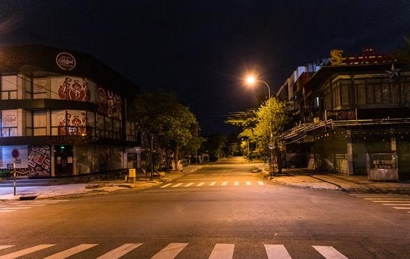 TPHCM: Nếu ra đường sau 18h hôm nay sẽ bị phạt như thế nào?