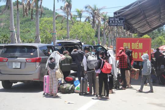 Thừa Thiên - Huế tạm dừng đón người dân từ vùng có dịch trở về