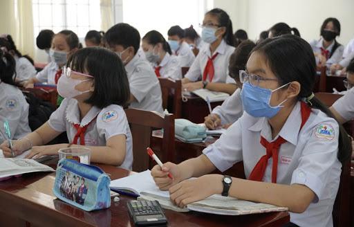 Đâu là thời điểm thích hợp để Hà Nội cho học sinh đi học trở lại?