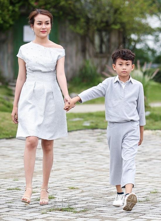 Con gái Xuân Lan tự tin làm vedette tại Tuần lễ Thời trang Trẻ em Việt Nam
