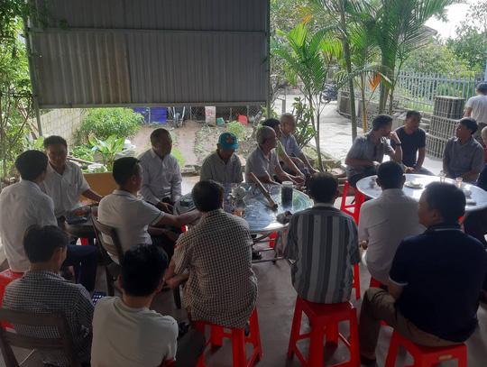 Mong chờ tin tức người thân ở Nghệ An