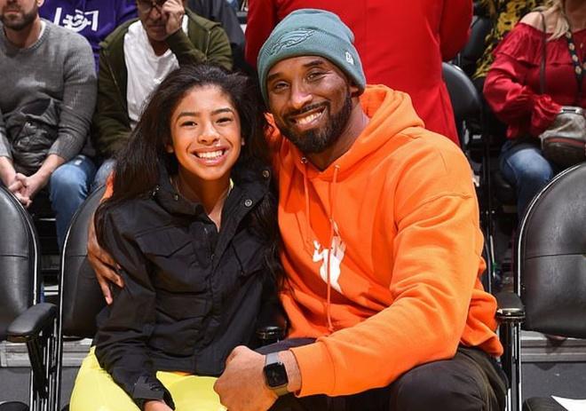 Huyền thoại bóng rổ Kobe Bryant và con gái qua đời