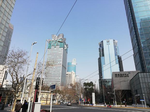 Bầu trời Thượng Hải, Trung Quốc trong xanh vào ngày 22/2. Ảnh: Nikkei