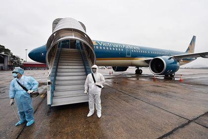 2 tiếp viên Vietnam Airline nhiễm Covid 19